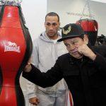 إصابة بطل العالم السابق في الملاكمة بكورونا