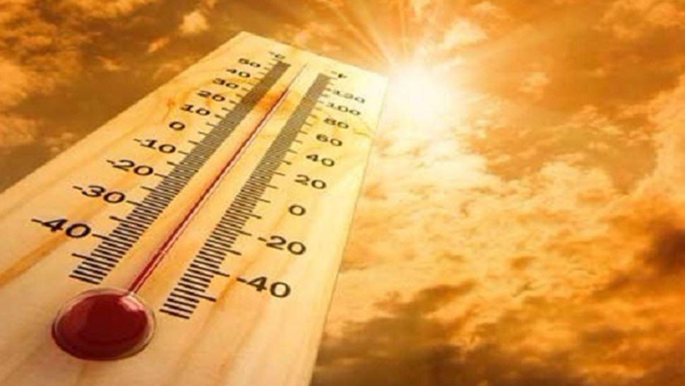 طقس اليوم: ارتفاع في درجات الحرارة وأمطار وبرٍٍَد