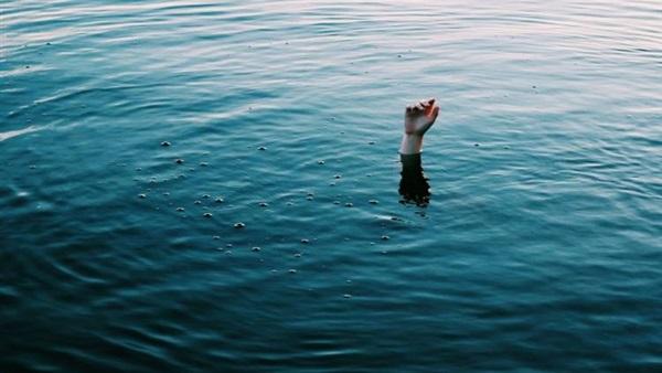 """مختصّ في المُناخ: """"التيّارات السّاحبة"""" وراء تواتر حوادث الغرق"""