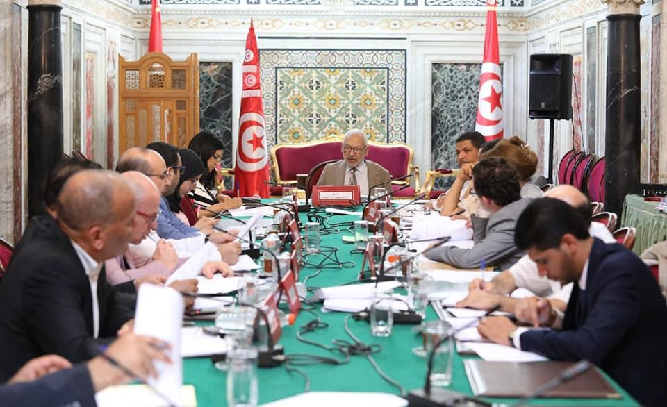 مكتب المجلس يُراسل الحكومة ويُحدد موعد انتخاب أعضاء المحكمة الدستورية