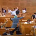 البرلمان يصادق على مشروع قانون انتداب من تجاوزت بطالتهم 10 سنوات