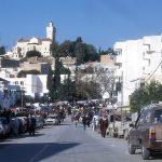 الزريبة/ زغوان: احتجاجات وغلق الطريق بعد إيقاف رئيس بلدية مُتهم بالتحرش