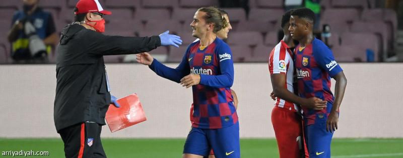 والد غريزمان يهاجم مدرّب برشلونة