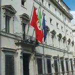 تونسي يهدّد بالانتحار حرقا داخل مقر القنصلية بميلانو