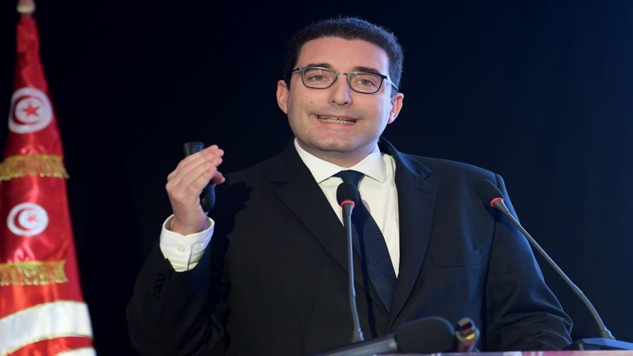العزابي: نتفاوض مع 4 دول لتأجيل سداد القروض