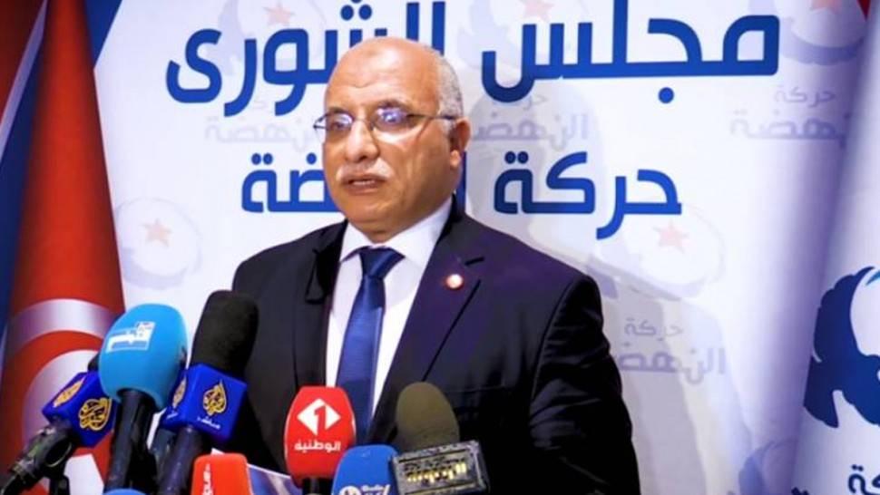 الهاروني: لا يمكن لحكومة تلاحق رئيسها شبهات تضارب مصالح مواجهة الأزمة