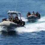 """وزارة الدفاع: إيقاف 5 """"حرّاقة""""بعد إنقاذهم من الغرق"""
