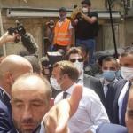 """لبنانيون يهتفون حول ماكرون: """"ثورة ثورة...ساعدونا"""" /فيديو"""
