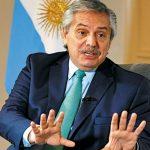 رئيس الأرجنتين يدخل على الخطّ في أزمة ميسي