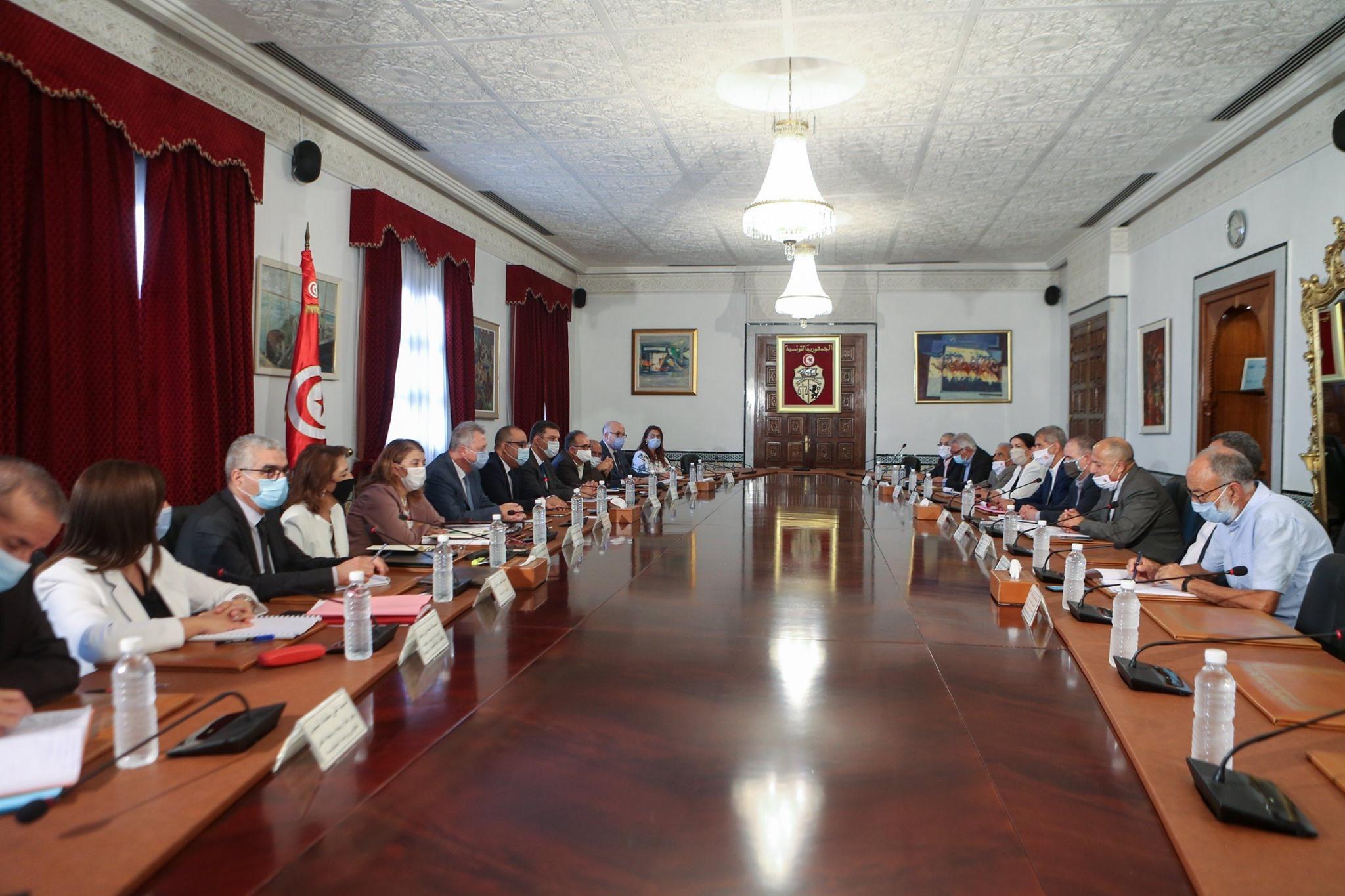 رئاسة الحكومة: انطلاق أولى جلسات الحوار مع اتحاد الشغل
