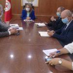 """وزيرة الطاقة لممثلي شركة"""" أتوغ"""": حريصون على حلّ تشاركي لأزمة الكامور"""