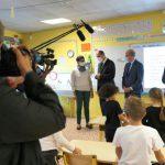 3 أيام بعد العودة المدرسية : غلق 22 مدرسة بفرنسا بسبب تفشي فيروس كورونا