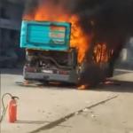 صفاقس: احتراق حافلة تابعة لشركة النقل بالكامل /فيديو