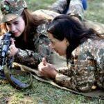 زوجة رئيس وزراء أرمينيا تدخل التدريب العسكري للمُشاركة في الحرب