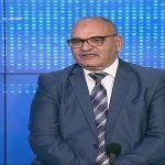 """محمد المسيليني: وزير المالية يُريد فرض ضريبة على باعة """"الفريكاسي والملاوي والخبز"""""""