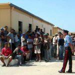 نائب عن التيار: اشتباكات بين تونسيين والشرطة بمركز احتجاز إيطالي