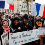 استطلاع شمل فئة الشباب : 57 % من المسلمين الفرنسيين يرون أنّ الشريعة أهم من قوانين الدولة