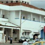 سفارة تونس بالجزائر تدعو المواطنين الراغبين في العودة للاتصال بالبعثة
