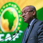 فيفا يوقف رئيس الكاف احمد احمد 5 سنوات