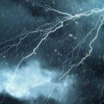 طقس اليوم: انخفاض ملحوظ في درجات الحرارة وأمطار رعدية