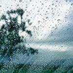 طقس اليوم: أمطار متفرقة وانخفاض في الحرارة