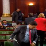 بعد كتلة قلب تونس: الكتلة الديمقراطية تنسحب من الجلسة وتعتصم بالبرلمان