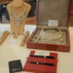 خبير كشف تفاصيلها: أغلى قطعة مجوهرات في تونس تعود لليلى بن علي