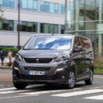 """تتويج جديد لشركة """"بيجو"""": PEUGEOT e-EXPERT الجديدة تفوز بجائزة سيارة عام 2021"""