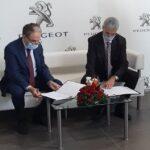 """تتضمن امتيازات لإطارات وأعوان الطرفين:  اتفاقية شراكة جديدة بين """"مجمع ستافيم"""" و""""اتصالات تونس"""""""