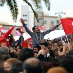 التايمز : تونس مهد الربيع العربي تعاني من غياب الأمل وحكومة عاجزة وشباب محبط
