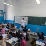 والي صفاقس: اليوم استئناف الدروس رسميّا بكامل مستويات المدارس والمعاهد