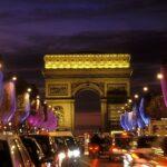 """عُمدة باريس تُعلن عن خطة لتحويل شارع """"الشانزليزي"""" إلى حديقة"""