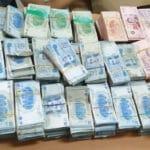الدالي: ايقاف 3 أشخاص بتهمة سرقة مليار ونصف من شركة مُكلفة بنقل الأموال للبنوك