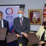 منحة بـ15 مليون دينار من الوكالة الفرنسية للتنمية لصندوق الودائع والأمانات
