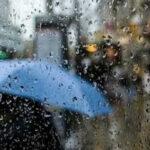 طقس اليوم: أمطار ورياح قوية ودرجات الحرارة في انخفاض