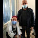 """وزارة الصحة: تطعيم مُعمّر عمره 102 سنة  بلقاح """"فايزر"""""""