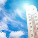 طقس اليوم: ارتفاع في درجات الحرارة وأمطار متفرقة