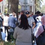 """نوّاب وقيادات من """"قلب تونس"""" يحتجّون أمام مقرّ القطب القضائي (صور)"""